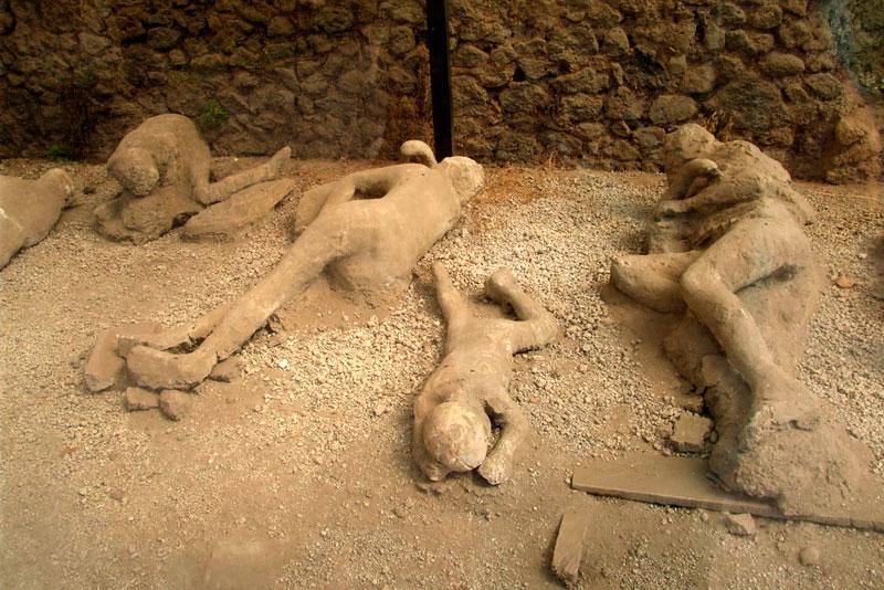 The casts of Pompeii